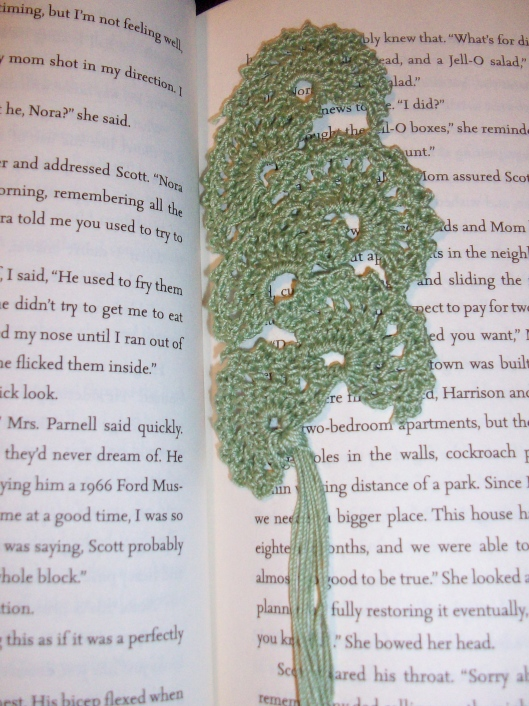 Crocheted Fan Bookmark